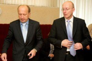 A.Kubilius ir A.Valinskas buvo ne tik labai panašūs valstybės reikalų išmanyme, bet ir kaklaraišisu tokius pačius nešiodavo. Panašūs tikriausiai bus ir G.Landsbergis bei S.Skvernelis.