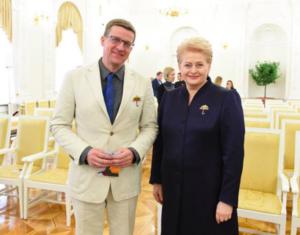 Kandidato G.Nausėdos komandoje - nusikaltimus prieš vaikus daug metų slėpęs pedofilų bendrininkas Linas Slušnys...